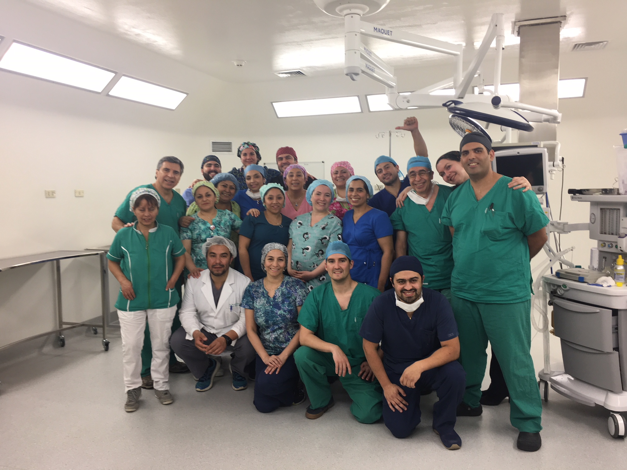 Dr. Carlos Giugliano dirige Operativo de Fundación Gantz para Tratamiento de Fisuras Labio Palatinas en Hospital de Puerto Aysén